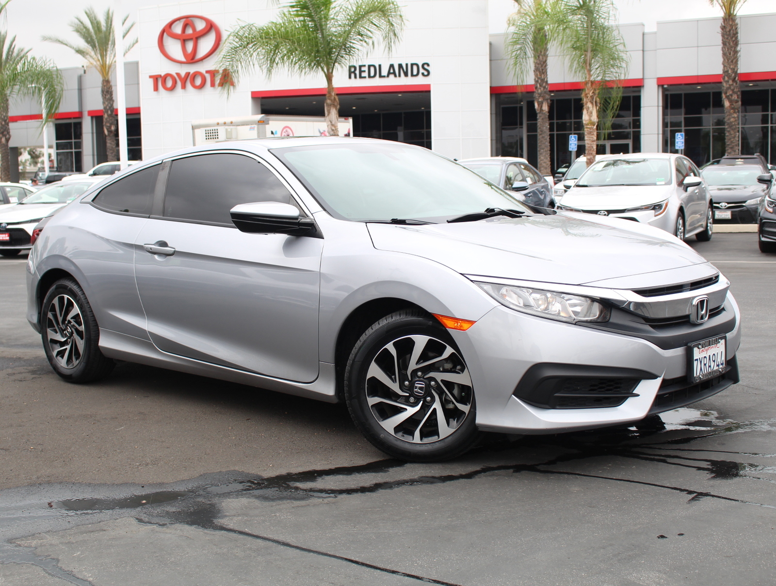 2017 Honda Civic Gas Mileage >> Pre Owned 2017 Honda Civic Coupe Lx P Lx P Cvt Front Wheel Drive