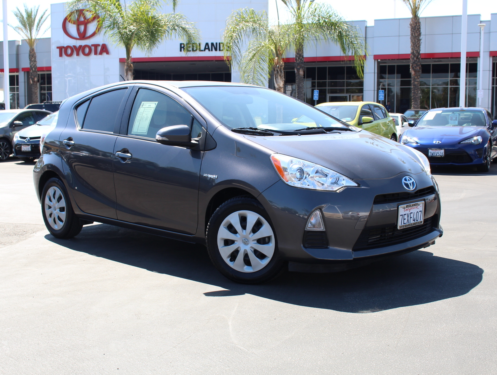Pre-Owned 2014 Toyota Prius c One
